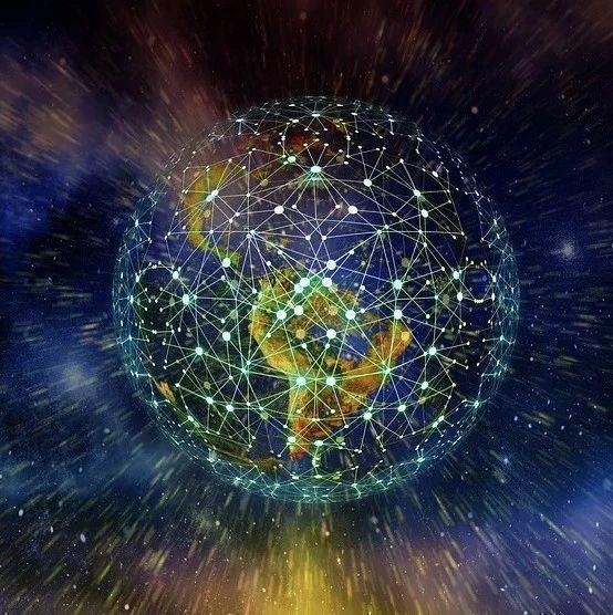 巴拉巴西组 Nature Physics 刊文,发现网络折叠与弹性能量的线性关系
